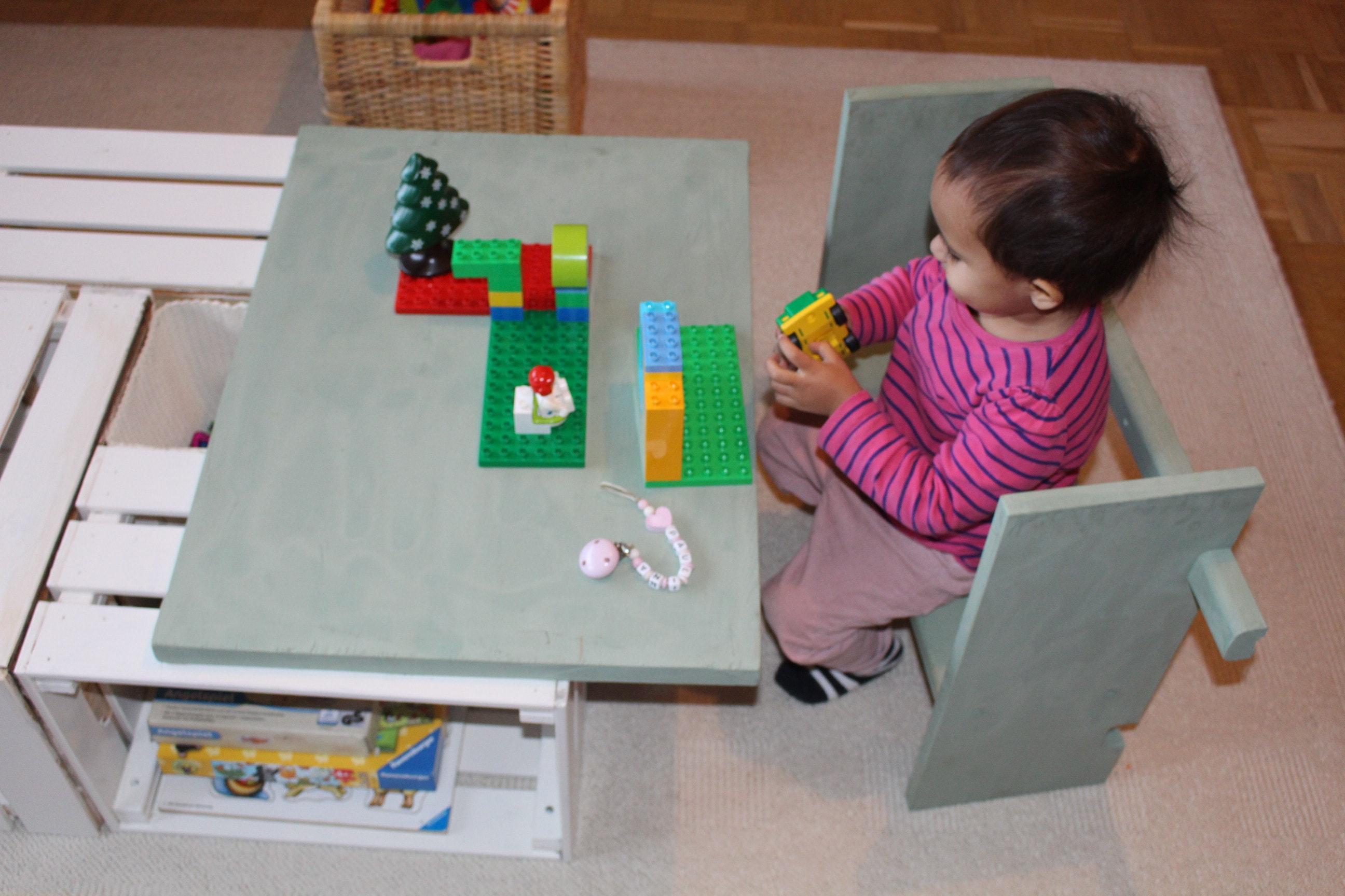 kinder spieltisch aus alten obstkisten selber bauen welt. Black Bedroom Furniture Sets. Home Design Ideas